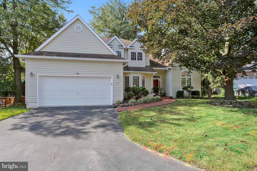 10  OCEANIA COURT, Gaithersburg, Maryland