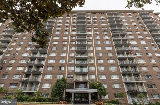 2059 Huntington Ave #304, Alexandria, VA 22303