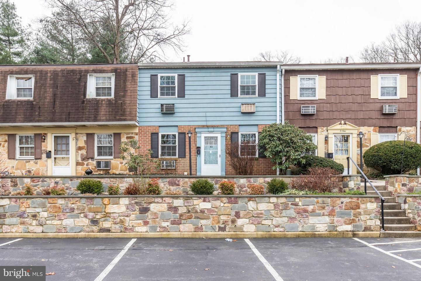 207 Walnut Hill Road #B8 West Chester, PA 19382