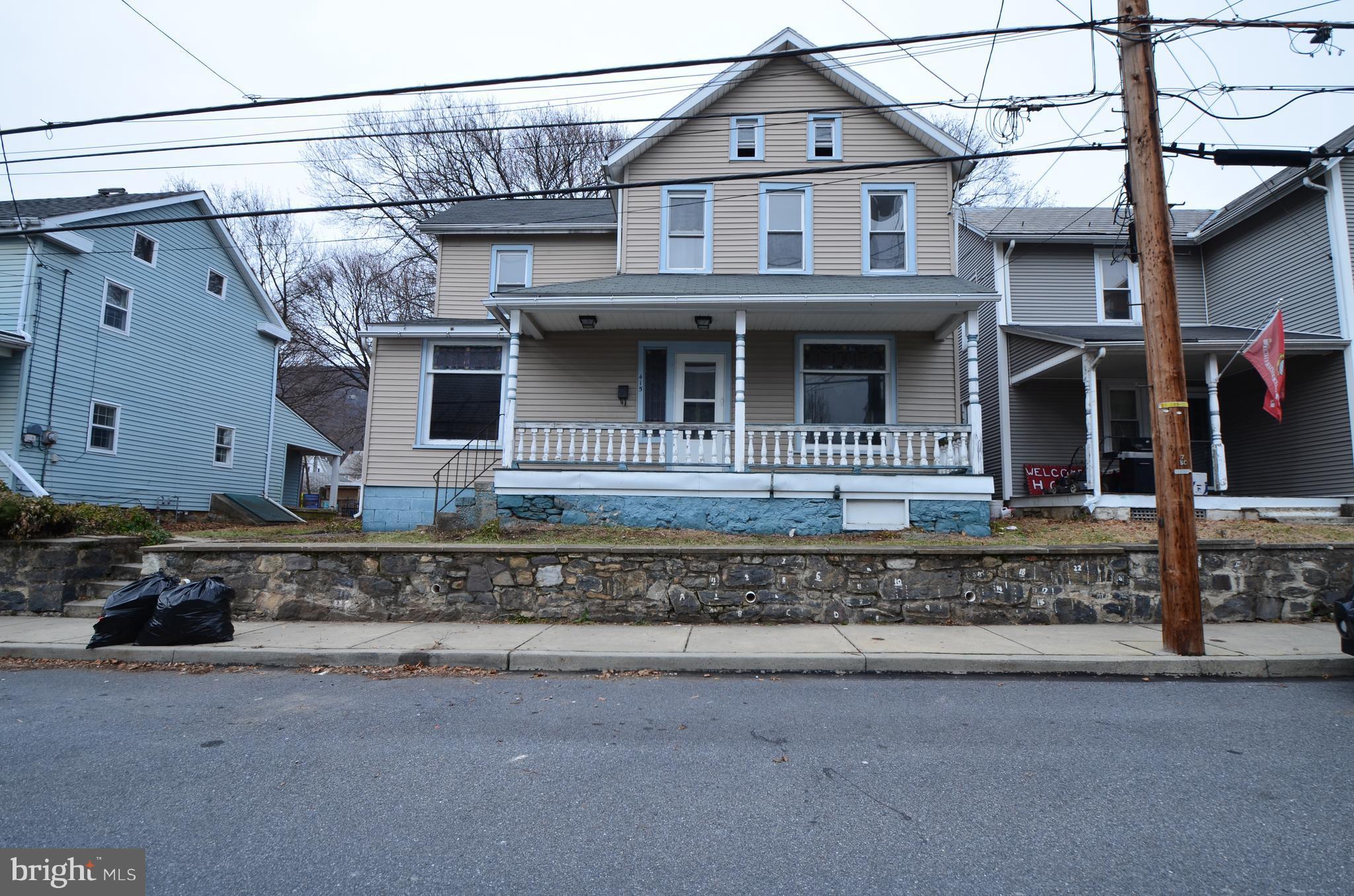 415 GEORGE STREET, PEN ARGYL, PA 18072