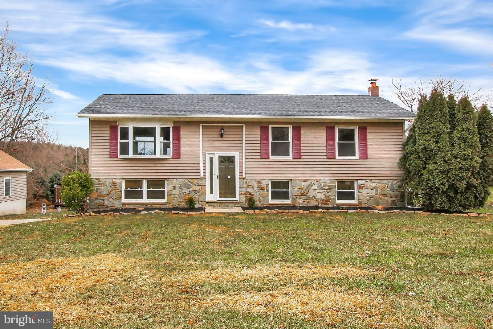 1371 FAWN GROVE ROAD, NEW PARK, PA 17352