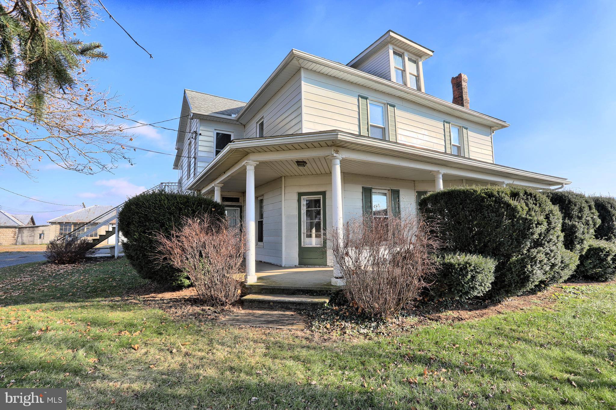303 N DRYHOUSE ROAD, BELLEVILLE, PA 17004