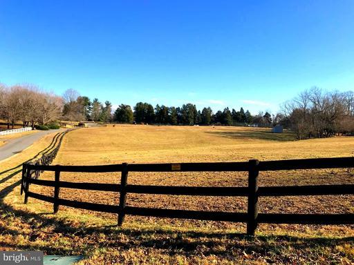 9421 Cornwell Farm, Great Falls, VA 22066