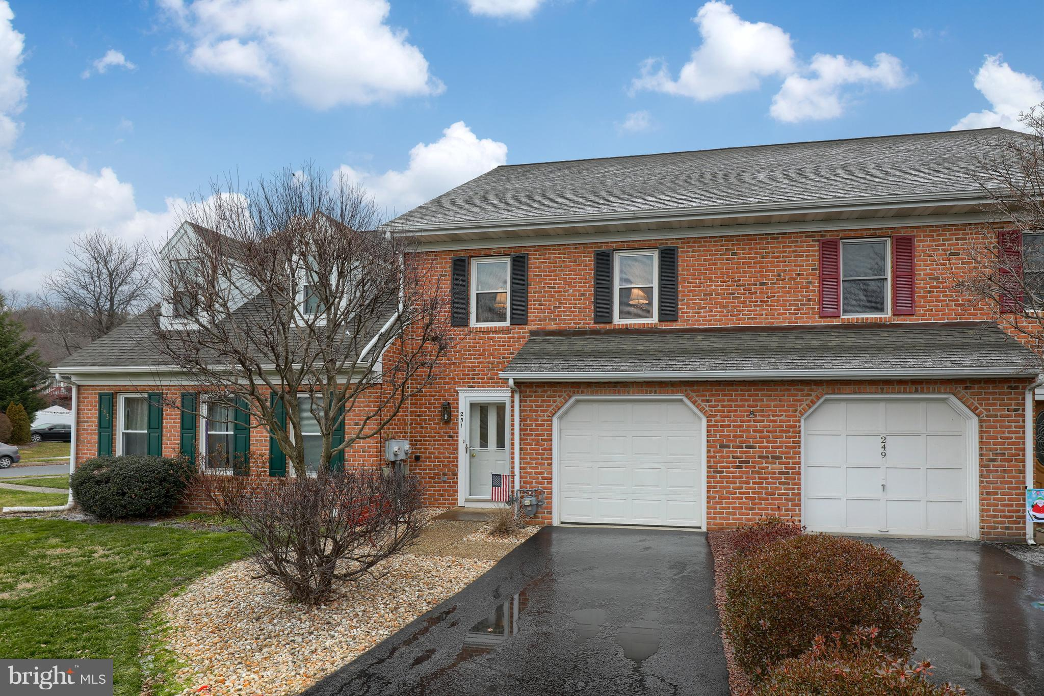 251 HUNTINGTON DRIVE, MOUNTVILLE, PA 17554
