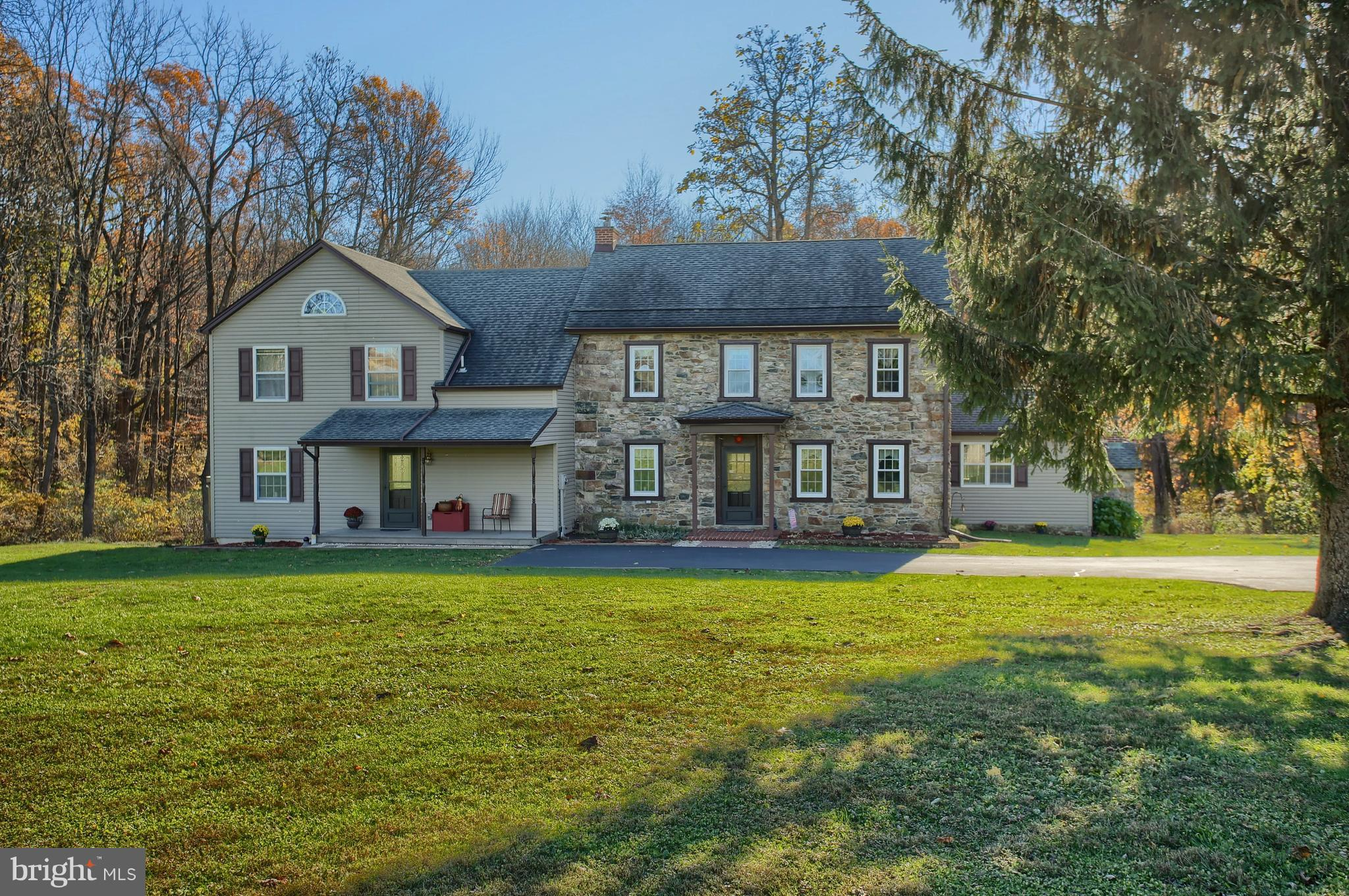 96 GREENHOUSE LANE, BARTO, PA 19504