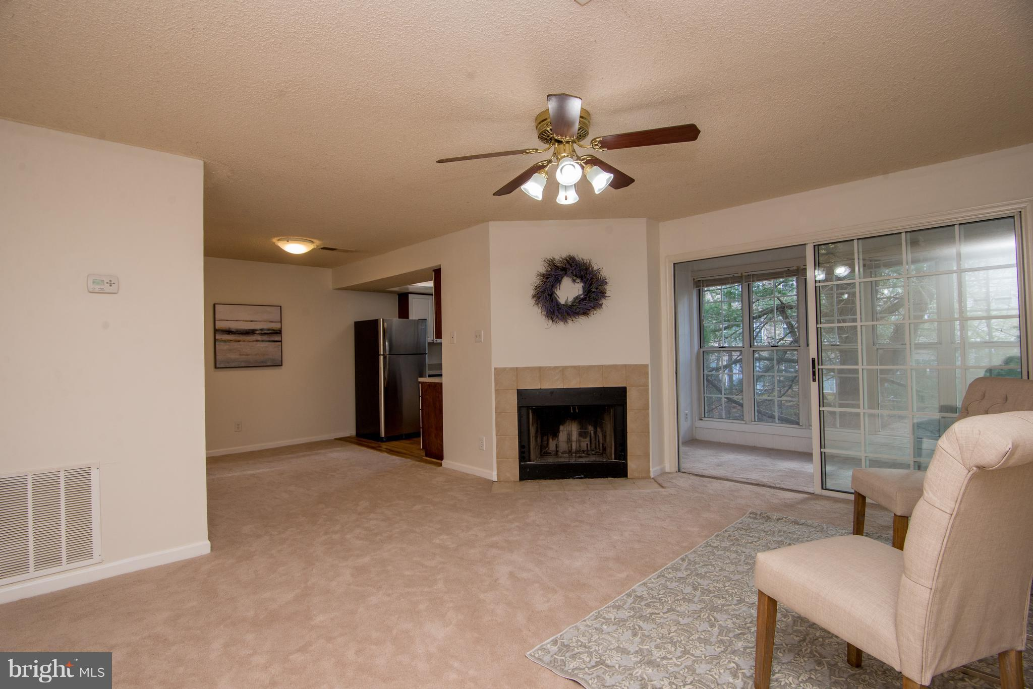 12105 GREEN LEDGE CT #201, Fairfax, VA 22033 $255,000 www