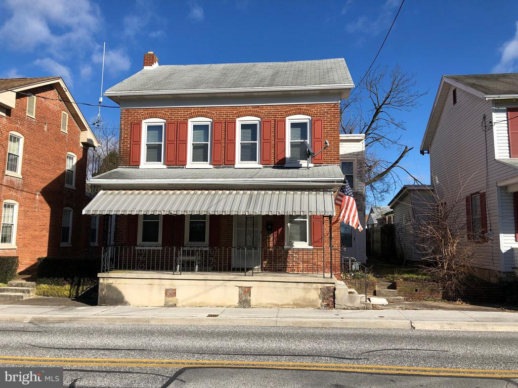 132 N SECOND STREET, MCSHERRYSTOWN, PA 17344