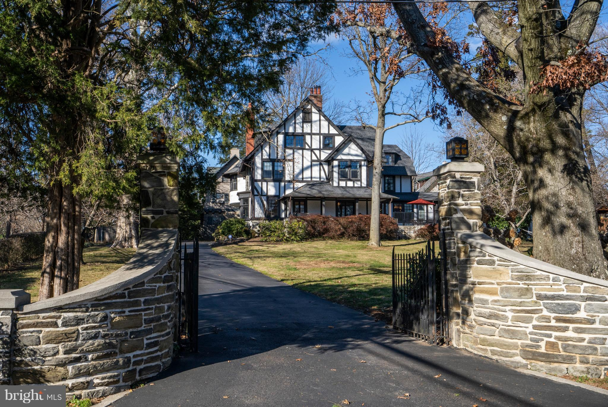749 S HIGHLAND AVENUE, MERION STATION, PA 19066