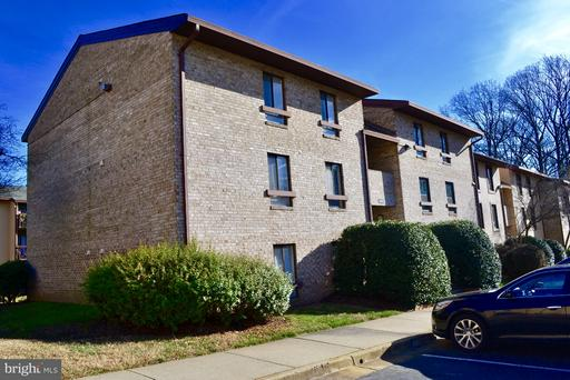 2230 Castle Rock, Reston, VA 20191