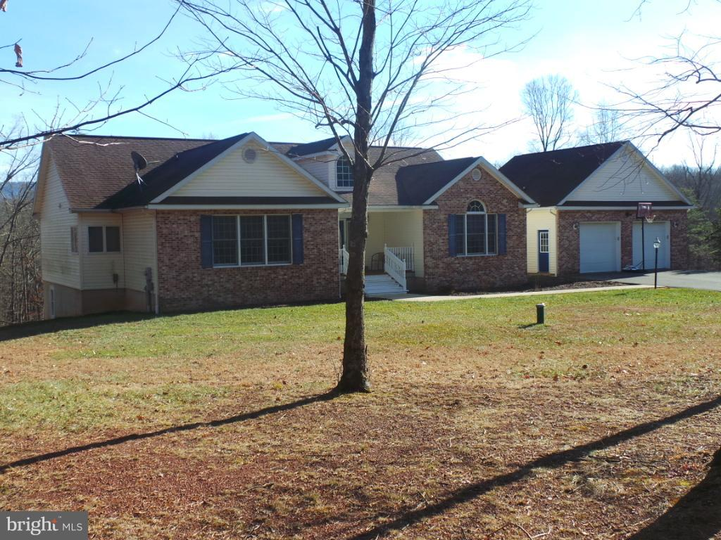 4195 WOODMONT, GREAT CACAPON, WV 25422