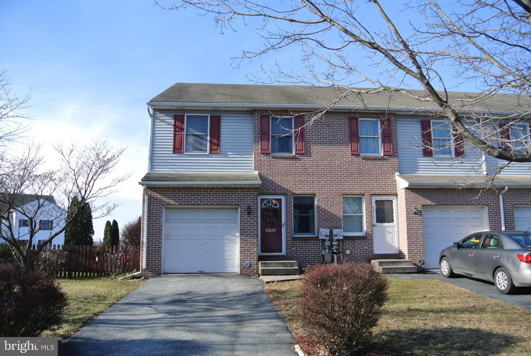 5217 LINCOLN AVENUE, WHITEHALL, PA 18052