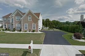 5120 CURLY HORSE DRIVE, CENTER VALLEY, PA 18034