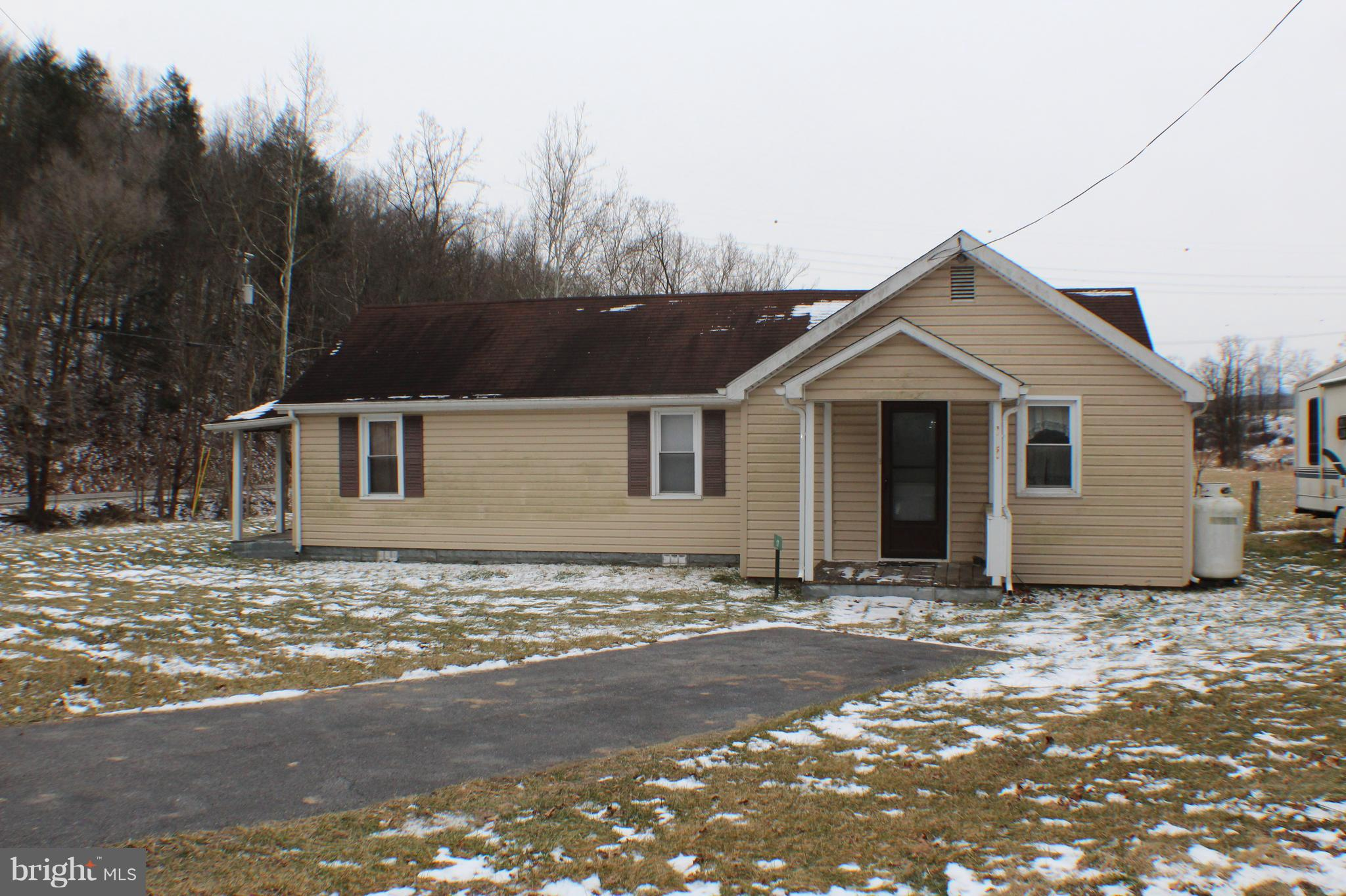 17 MAGISTRATE LANE, MOUNT STORM, WV 26739