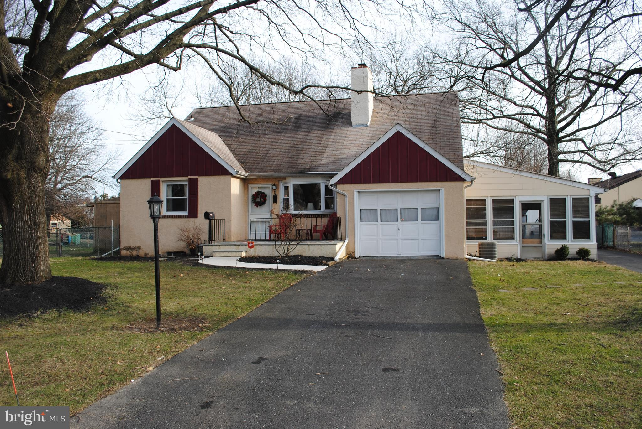 5 ALLISON ROAD, WILLOW GROVE, PA 19090