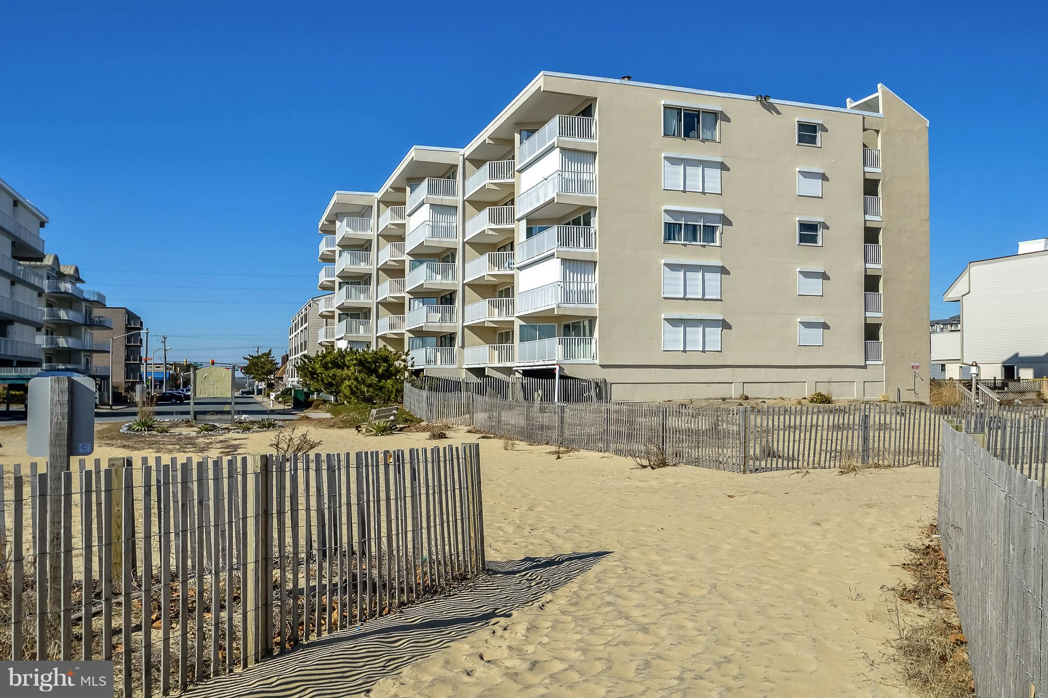 8 77TH ST. 304, OCEAN CITY, MD 21842