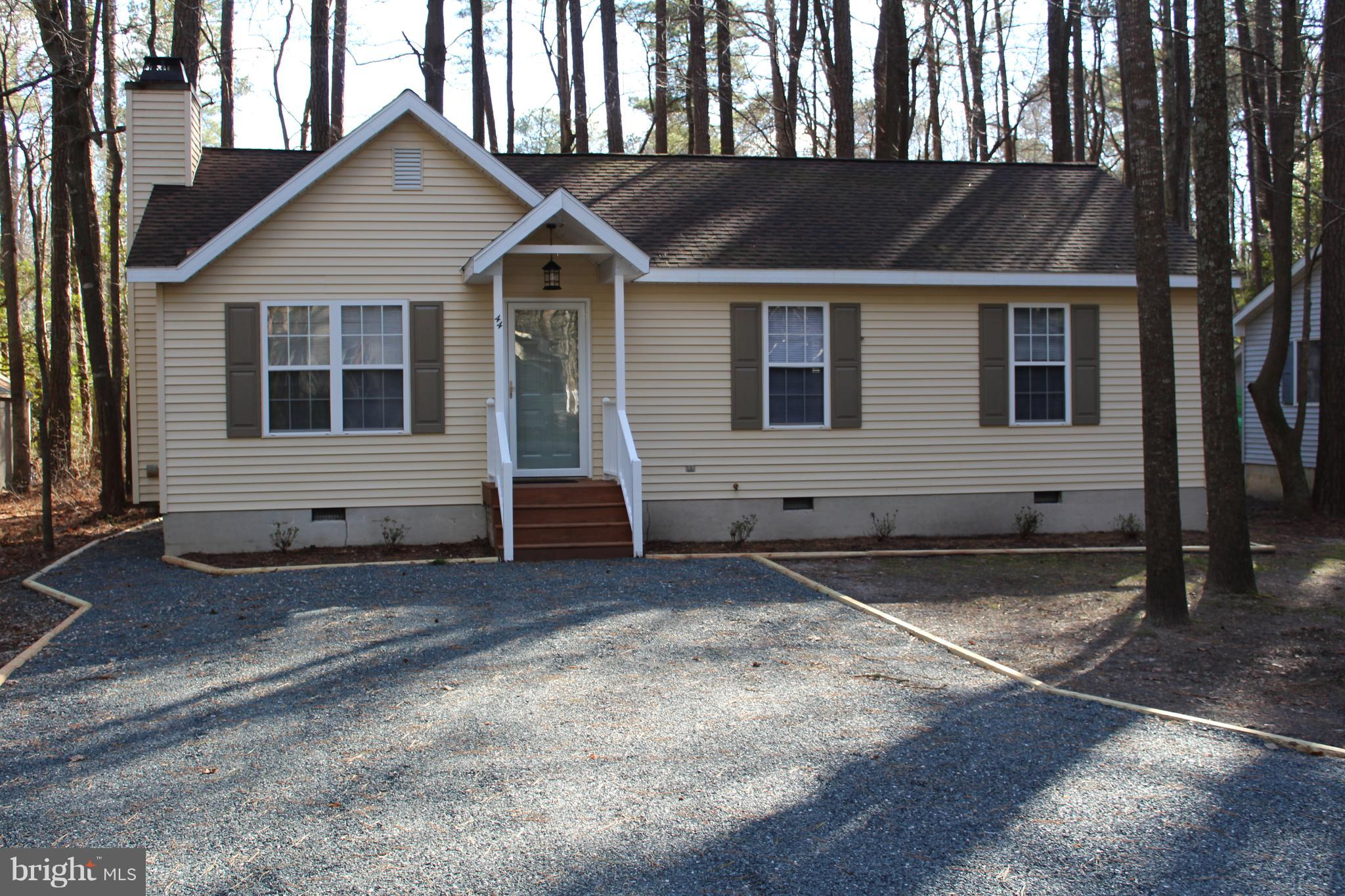 44 CRESTHAVEN DRIVE, OCEAN PINES, MD 21811