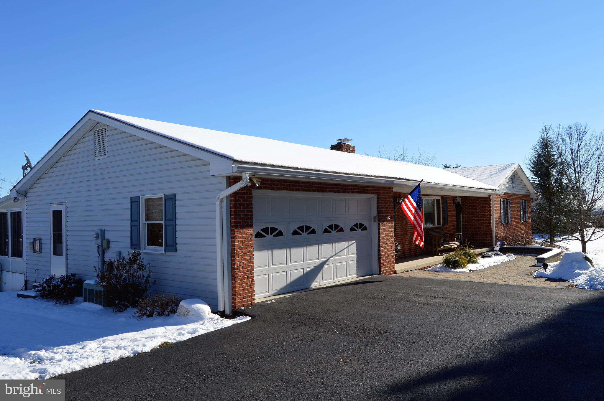 858 YELLOW HILL ROAD, BIGLERVILLE, PA 17307