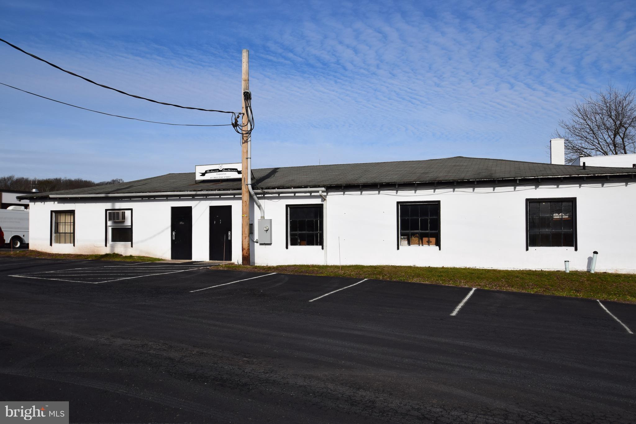 801 W PINE STREET, PERKASIE, PA 18944