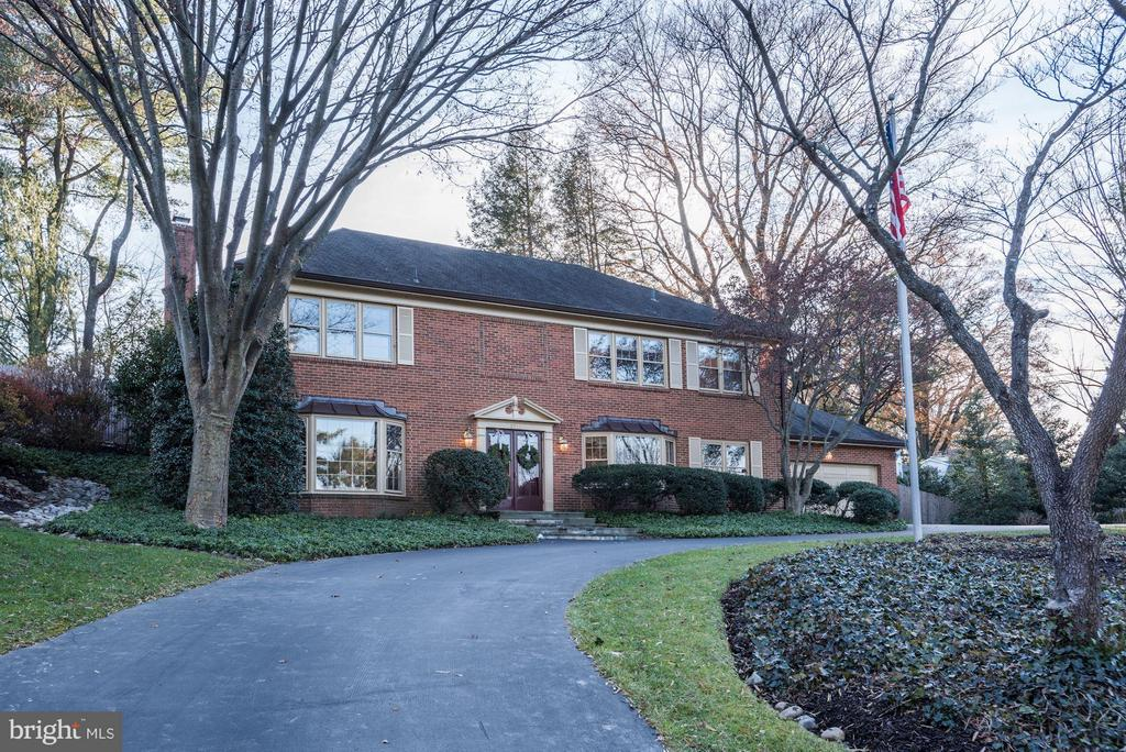 Resort-style living in Chevy Chase.  Situated on an almost 20,000 square foot lot, this gracious home offers a flexible main level, featuring a huge family room, as well as a luxurious upper level master suite overlooking the swimming pool and patios.You will not believe the closet space in this lovely house and the big 2-car attached garage plus heated driveway offers plenty of off-street parking!