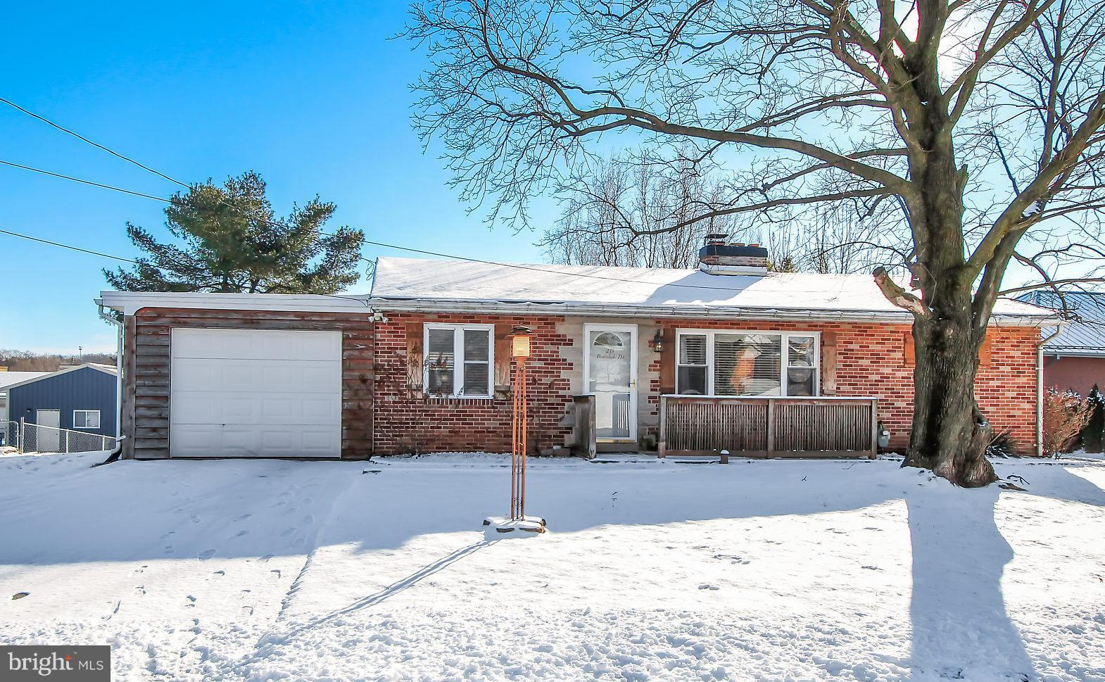 245 ROSEDALE DRIVE, MANCHESTER, PA 17345
