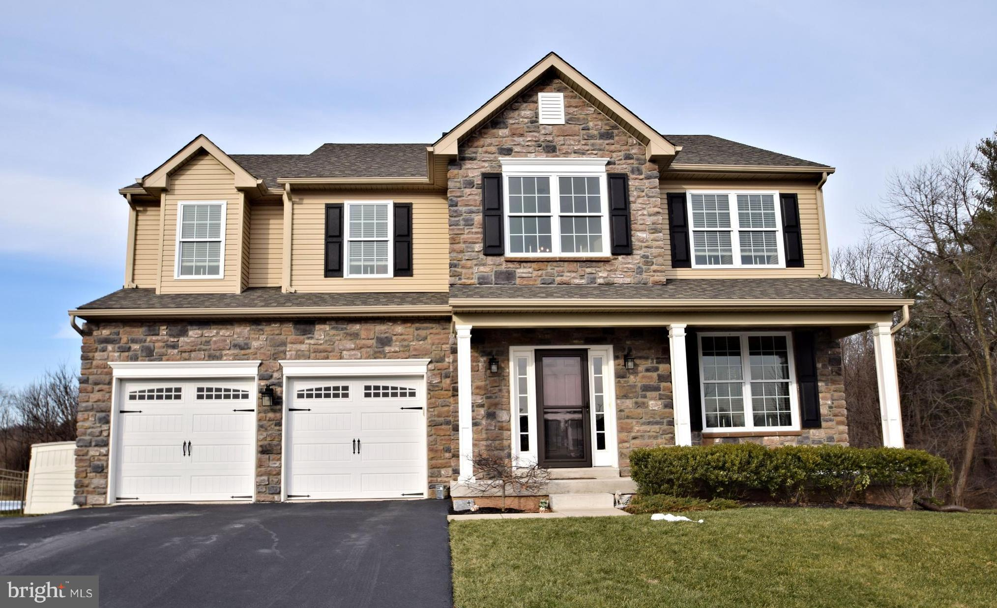 96 OAK CREEK DRIVE, ROYERSFORD, PA 19468