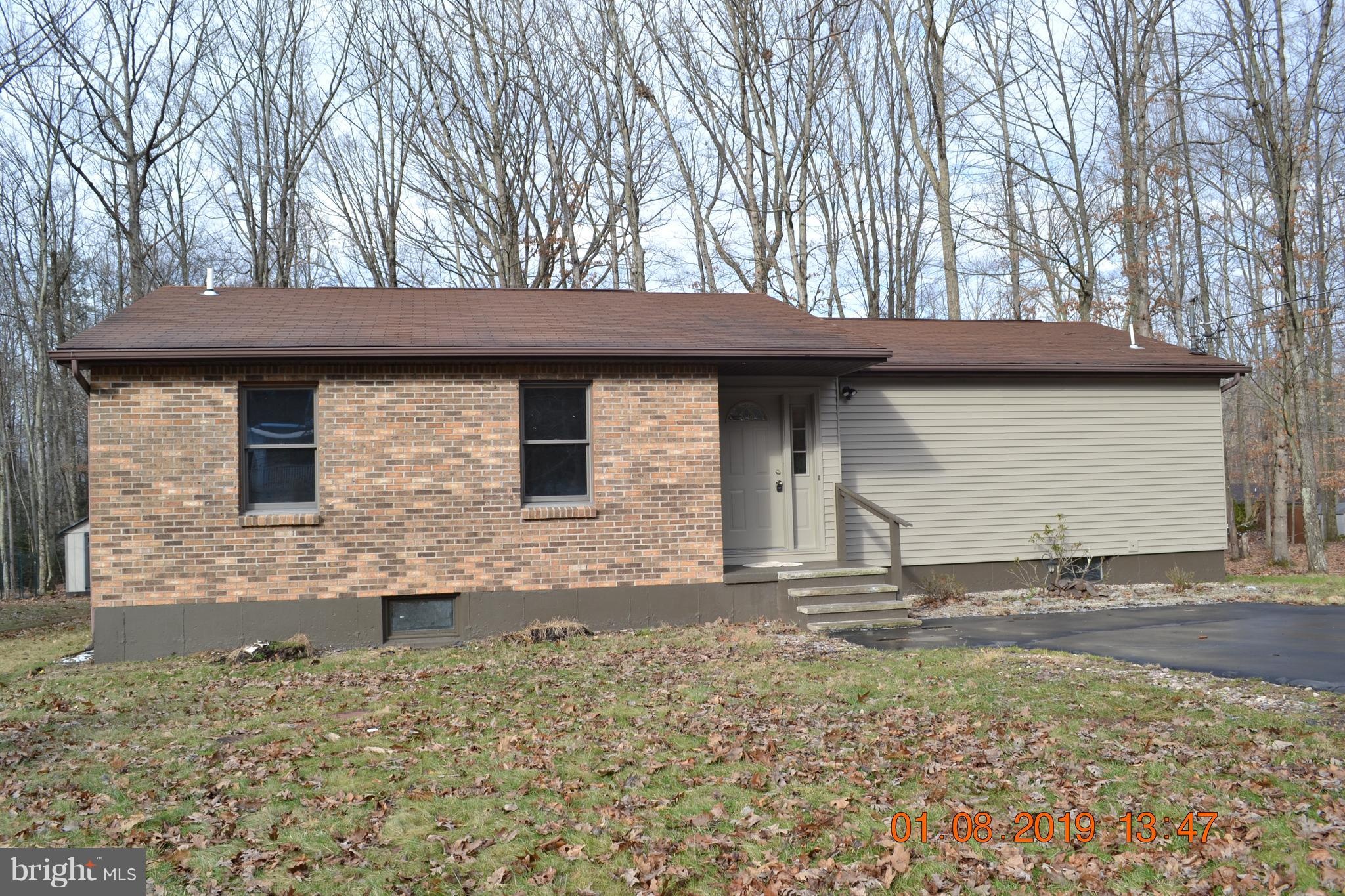 226 SHINGLE MILL CIRCLE, DRUMS, PA 18222