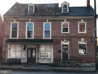 8-10 E. MAIN STREET, STRASBURG, PA 17579