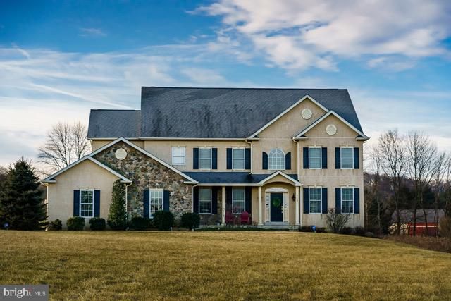 6439 RED SUNSET CIRCLE, COOPERSBURG, PA 18036