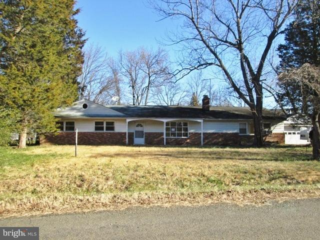 Spacious one level living in Alexandria! Brick and siding, detached 2 car garage, front porch, fenced backyard with shed and in ground pool (as is). Family room or 5th bedroom, living room with fireplace. Great opporunity to own in Alexandria. Come and make this one your own!