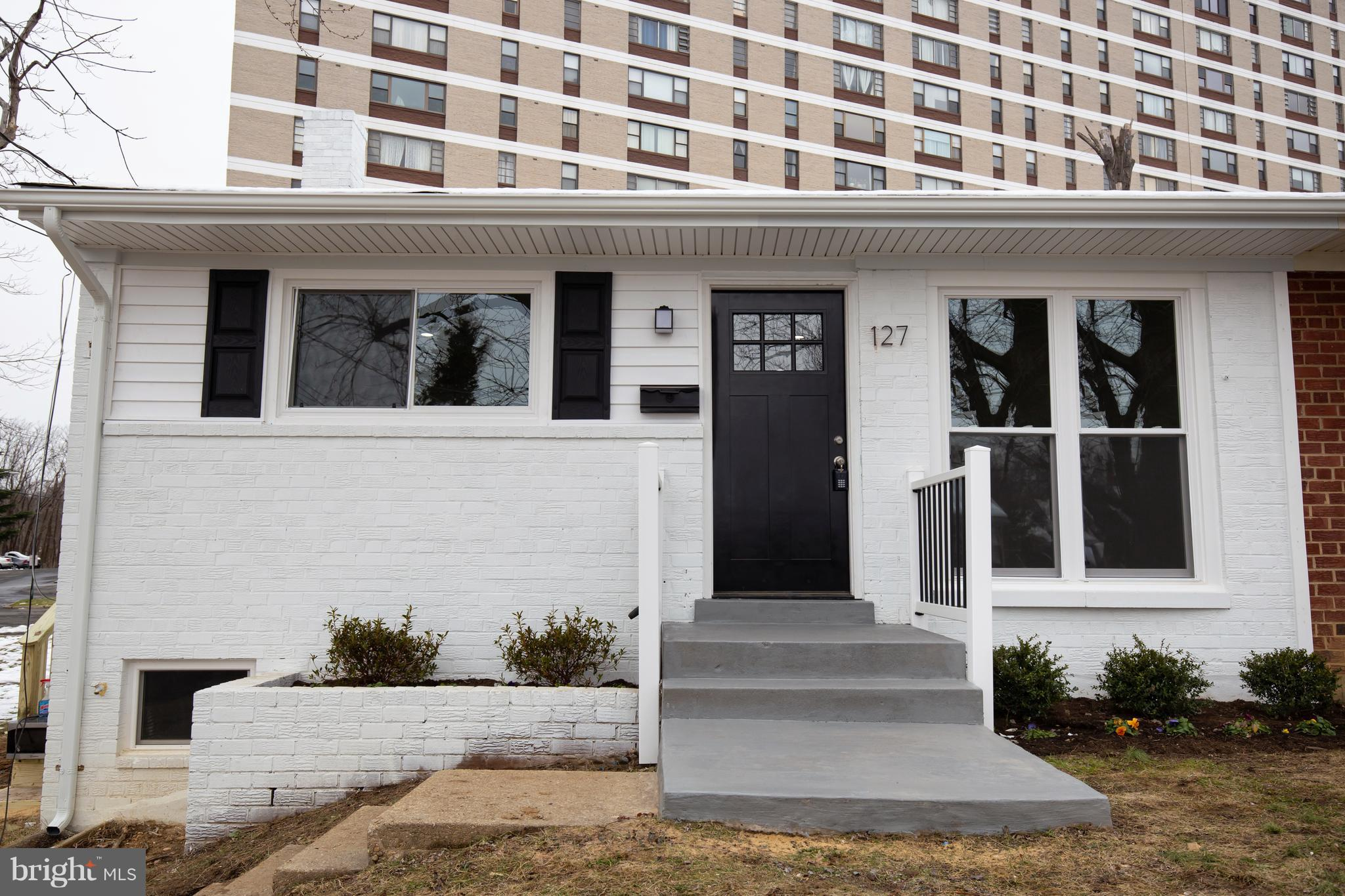 Fabulous 3 bed plus den 2 bath duplex nestled in the heart of the city.  Recently renovated including gleaming wood floors, recessed lighting, sparkling quartz counters and SS appliances. New open concept kitchen and living room layout is the perfect entertaining space.  All new modern baths with ceramic tile and modern fixtures.   Basement features 4th bed/den and full bath.  Amazing opportunity to own/invest near Amazon~s new HQ2! Walking distance to Aldi, Harris Teeter, several restaurants, Duke St Dog Park, Holmes Run Trail, Charles E. Beatley Library. Close to I-95/395, 3 miles to King Street Metro and Old Town. Walk to bus stop!