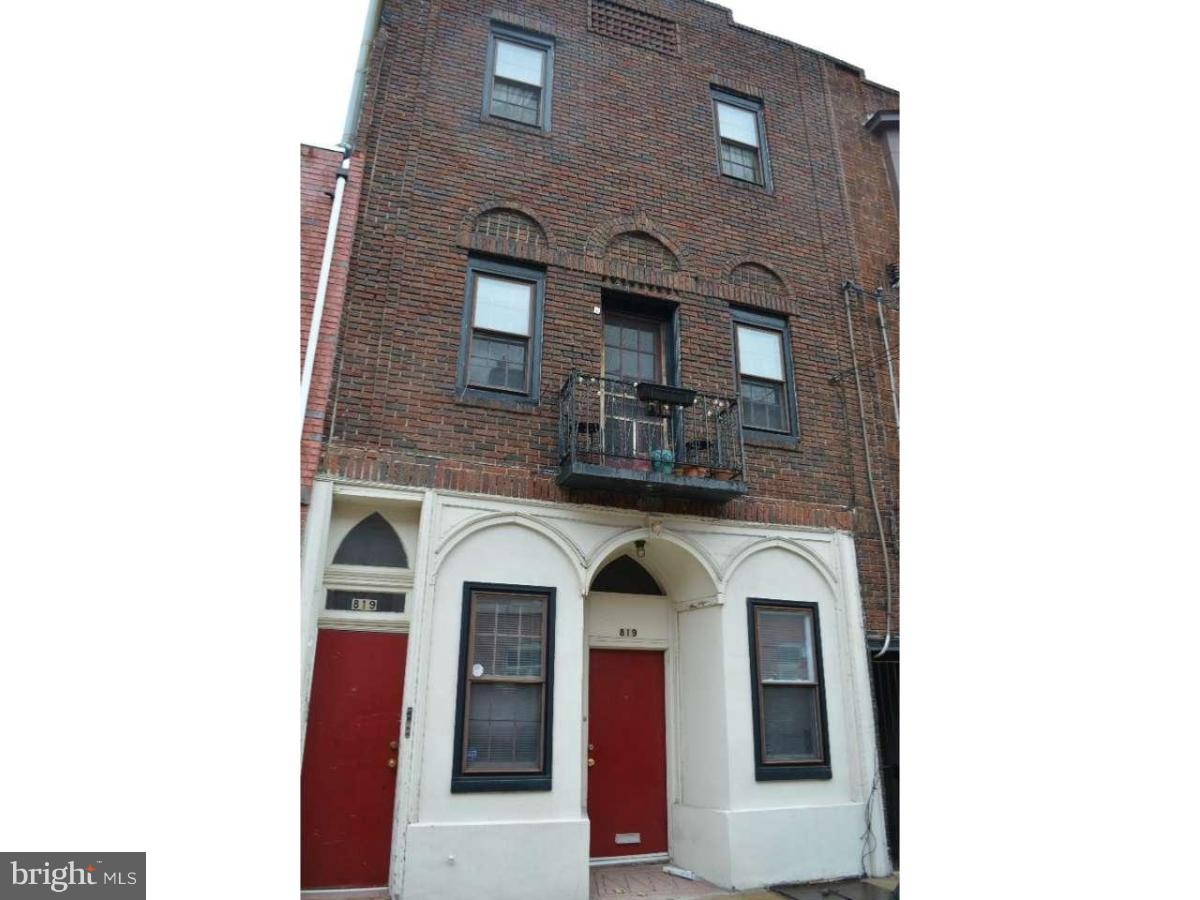 819 S 2ND #3 Philadelphia, PA 19147