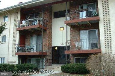 11382 CHERRY HILL Rd #1J301, Beltsville, MD, 20705