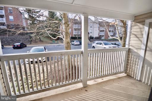 1524 Lincoln Way #117, McLean 22102