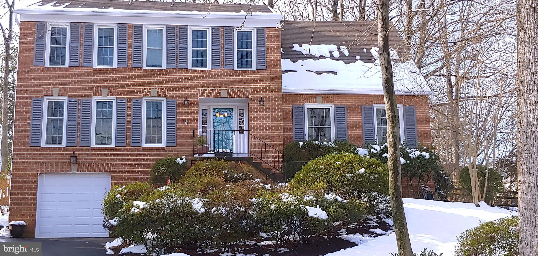 Beautiful 5BD/2.5BA Home in Wooded Neighborhood with walking trails, close to shops, 267, Reston Wiehle Station, and more. Traditional layout with den, family room ,fireplace, deck/patio, and loads of storage in the unfinished basement. Lawn care Maintenance Included and pest control!Pets case by case.