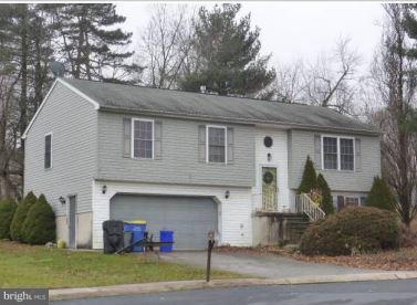 110 DOGWOOD COURT, MANCHESTER, PA 17345