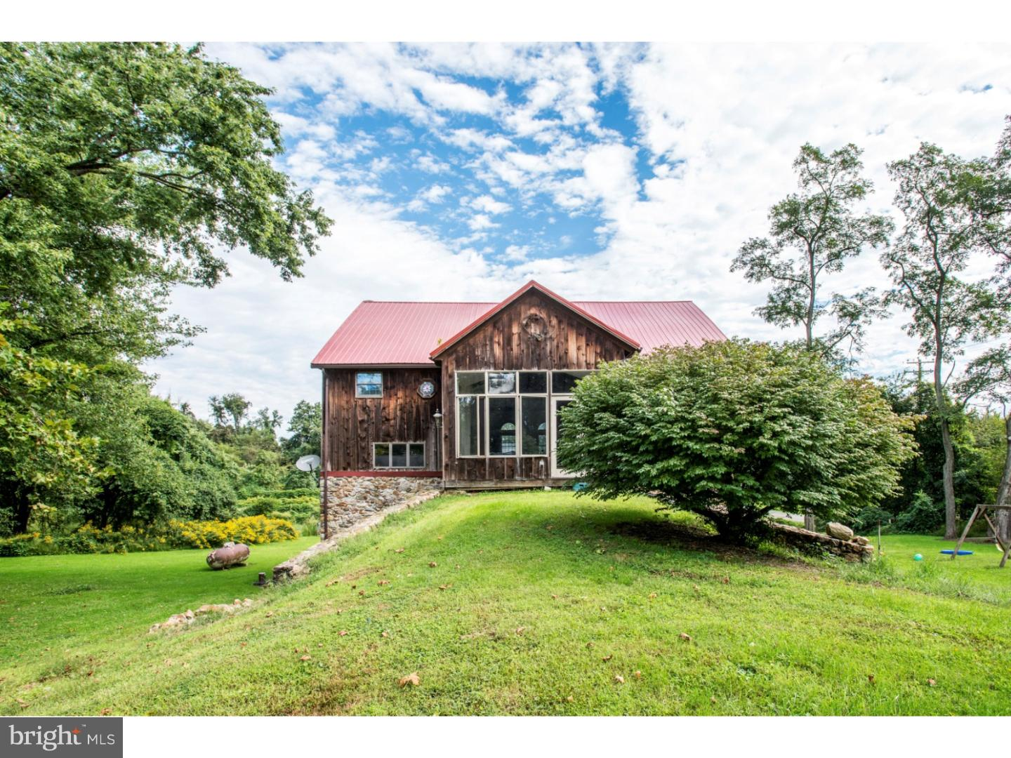 960 STATE ROAD, WEST GROVE, PA 19390