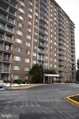 2059 Huntington Ave #114, Alexandria, VA 22303
