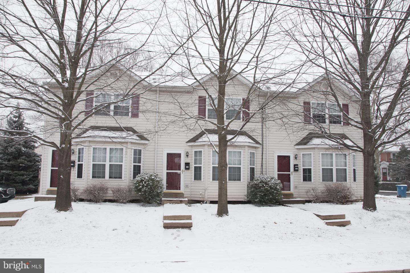 230 S LINE STREET, LANSDALE, PA 19446