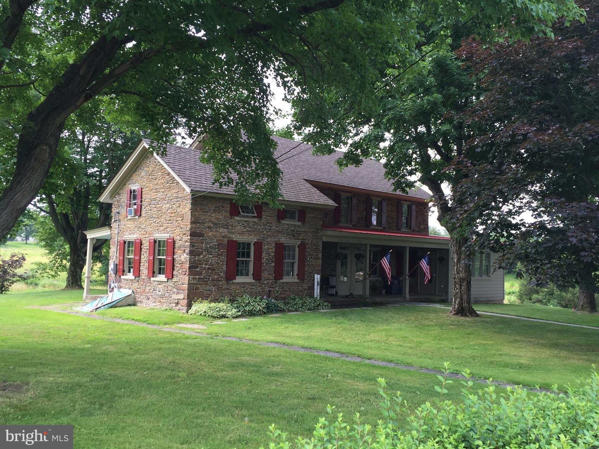 4220 APPLEBUTTER ROAD, DOYLESTOWN, PA 18902