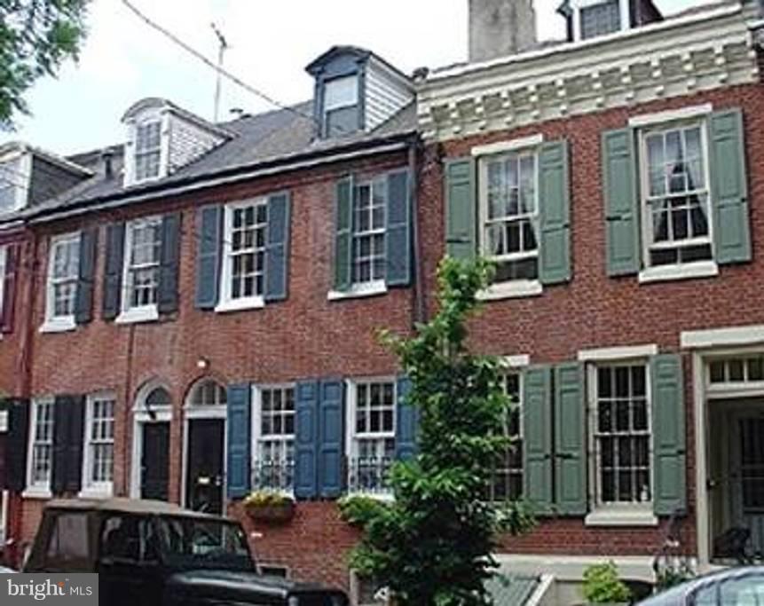 128 Pemberton St #1 Philadelphia, PA 19147