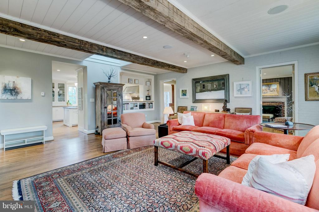 Take the long meandering drive to gorgeous brick traditional with European flair. 2.9 +/- pastoral acres on coveted Stewart Road.  Open, airy and crisp cooking space with wall of light.  Connectivity to inviting great room with exposed antique beams.  Divine dining area with stone fireplace that flows seamlessly to stone terrace with sweeping views. Understated & stylish.  Embrace life in the heart of Greenspring Valley.