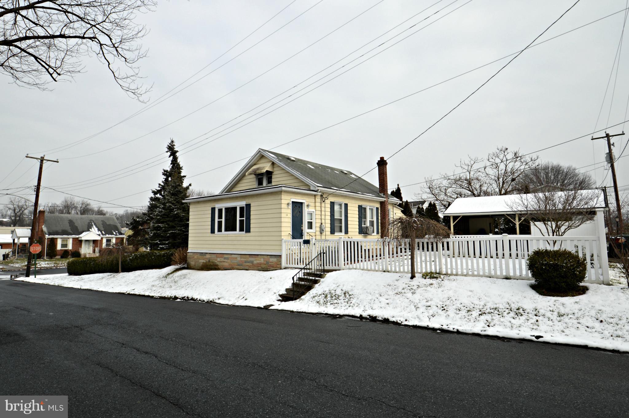 15 LIGAN STREET, HIGHSPIRE, PA 17034