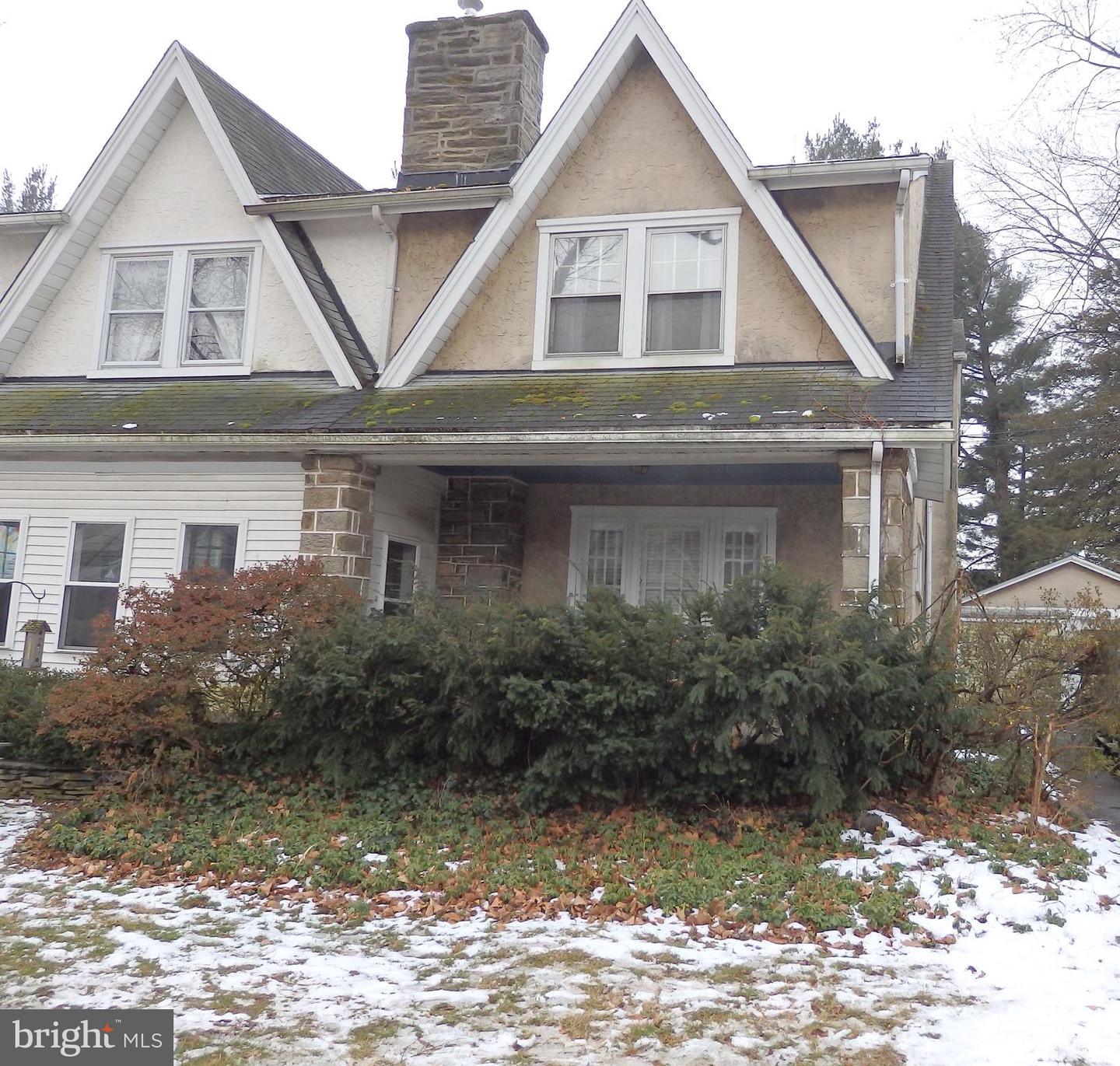 626 Country Club Lane Havertown, PA 19083