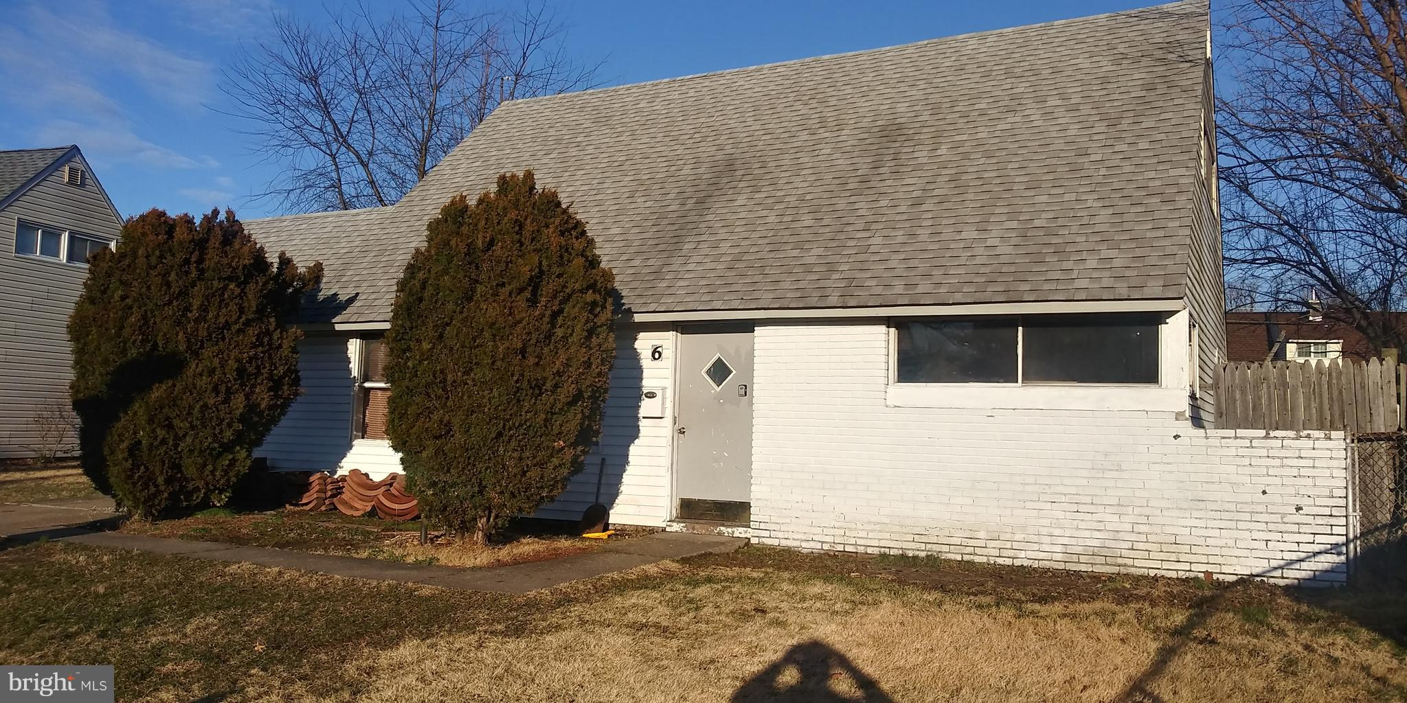19047 5 Bedroom Home For Sale