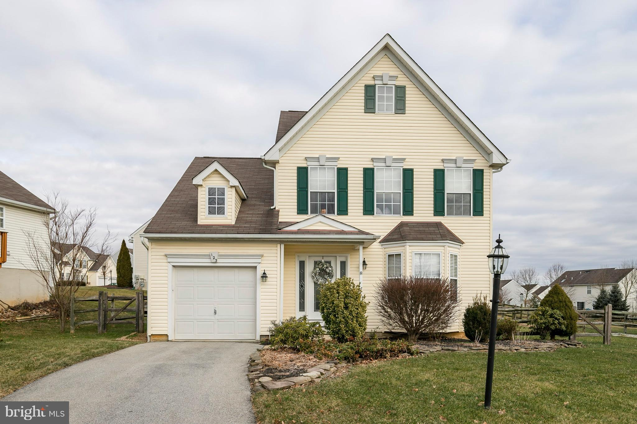 123 GARDEN VIEW DRIVE, THORNDALE, PA 19372
