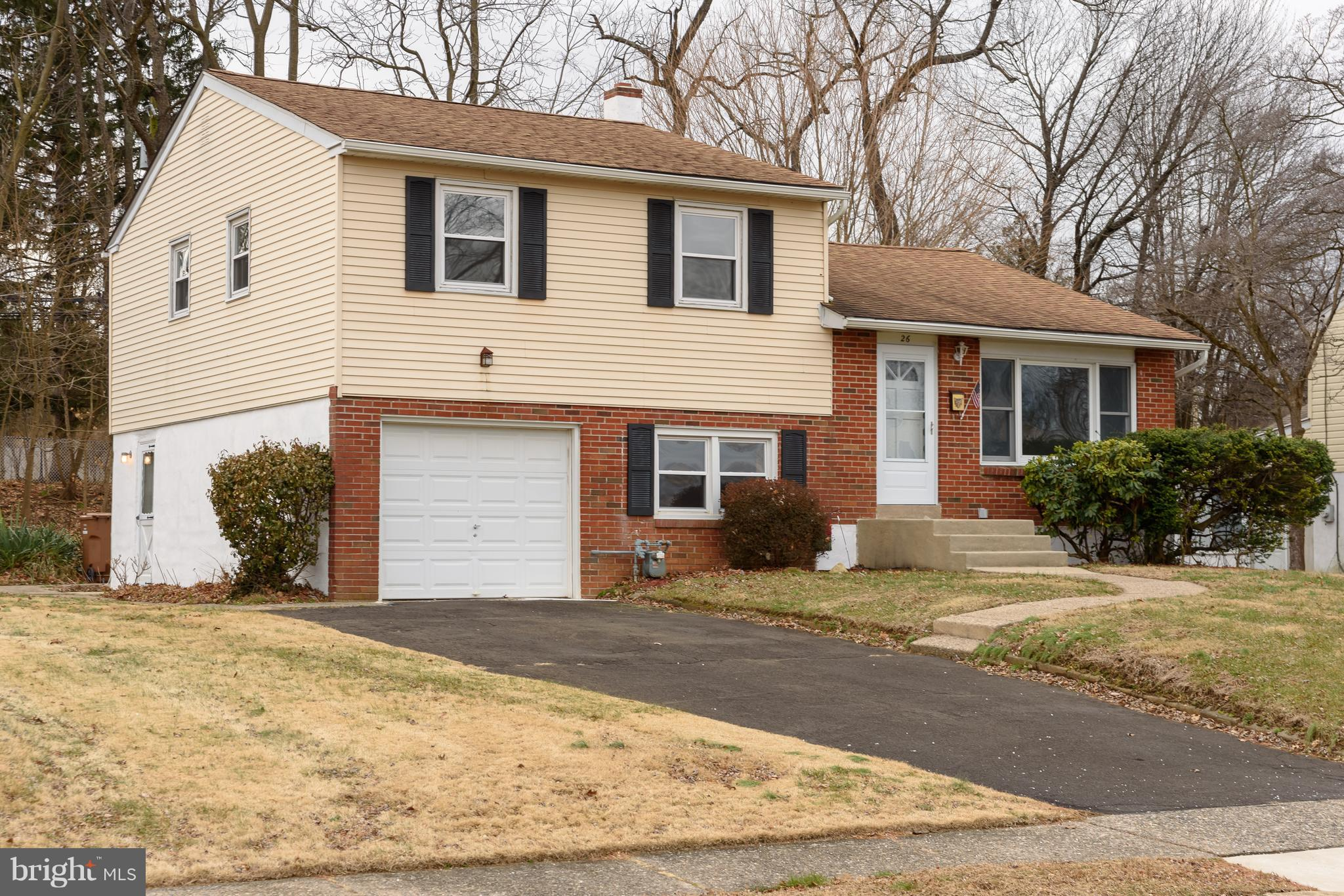 26 WOODLYN AVENUE, WILLOW GROVE, PA 19090