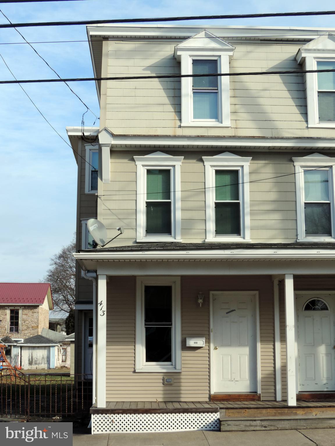413 MARKET STREET, LYKENS, PA 17048
