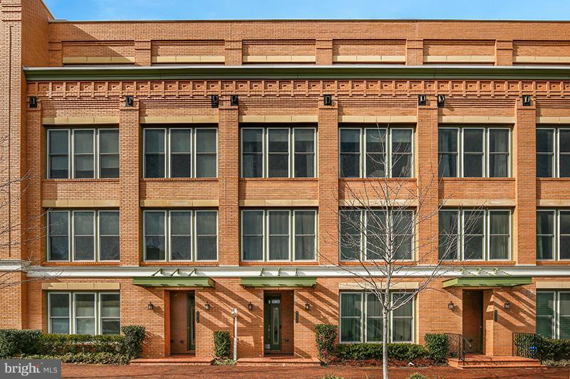 *Need closing of April 22-ish** This home was built in 2015 with all the bells and whistles, this stunner is like new! Tons of natural light fill this amazing townhome with 3 bedrooms and 2.5 bathrooms in Potomac Yard.  Gourmet open kitchen with a sitting/lounge area and access to the private balcony, a double-sided fireplace connects the kitchen to the living room with oversized windows and custom wainscotting. High- end finishes throughout. Upper- level bedrooms, with a sleek Master Bathroom Suite. Enter from the attached garage or front door to a double staircase. Attention to detail in every room, well-maintained, and ready for you to add your unique touches to make it home. Easy access to Arlington, Old Town, and DC. Enjoy urban mix living in this contemporary home. Hurry, this one will go fast!!!