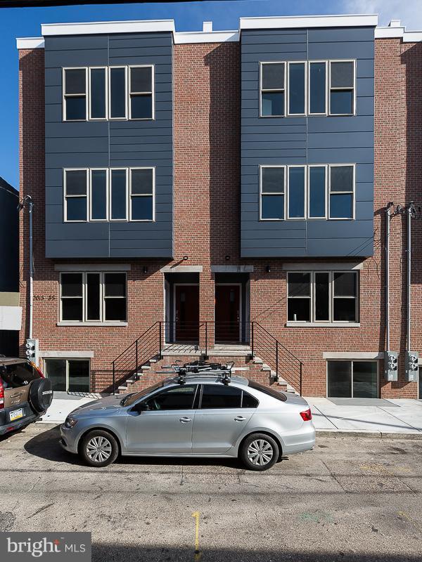 2015-35 S HUTCHINSON STREET 1, 3, 9, PHILADELPHIA, PA 19148