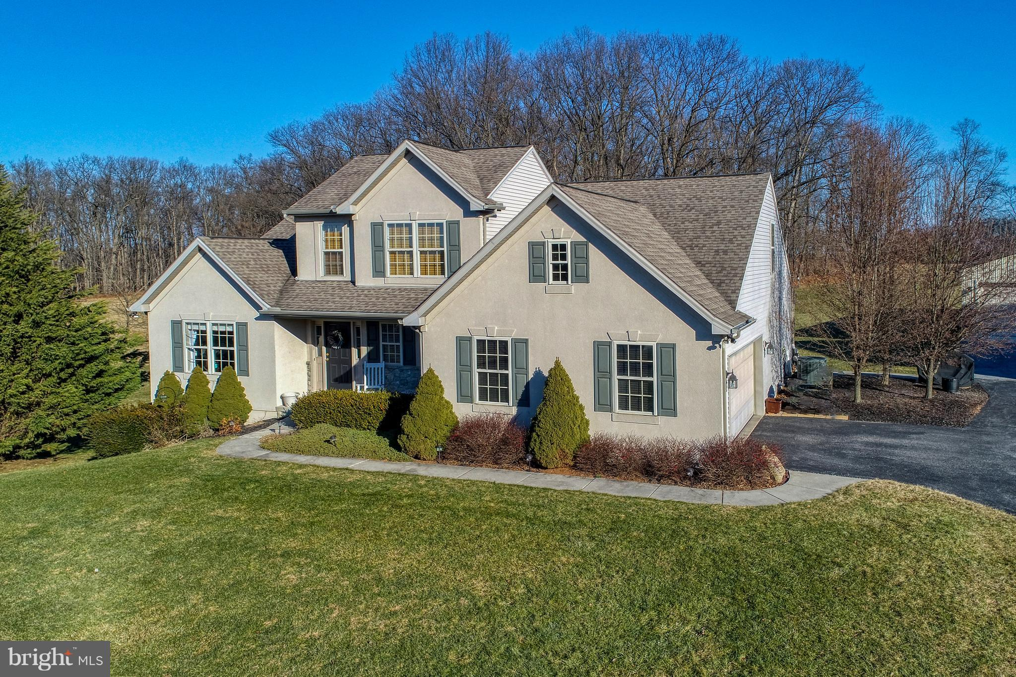 175 WOODSVIEW DRIVE, RED LION, PA 17356